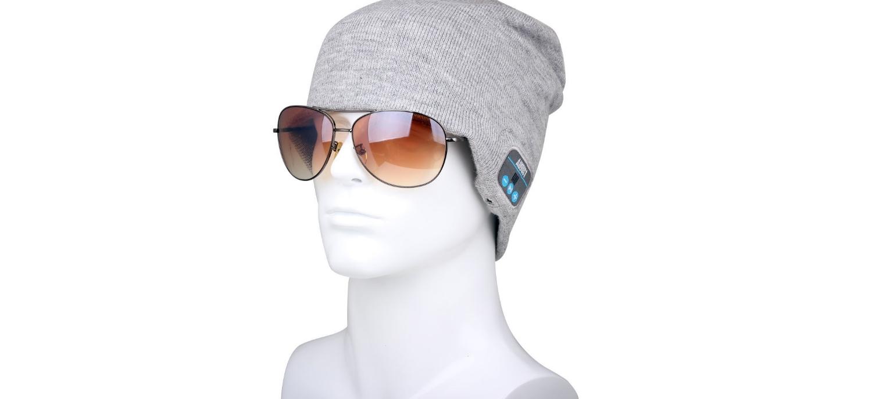 Un Bonnet Avec écouteurs MP3 Intégrés