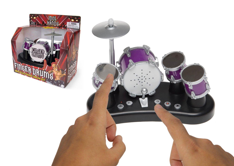 Une «Finger Drums», Mini Batterie à Jouer Du Bout Des Doigts.
