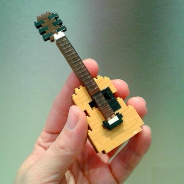 un nanoblock de son instrument de musique cadeaux pour musiciens. Black Bedroom Furniture Sets. Home Design Ideas
