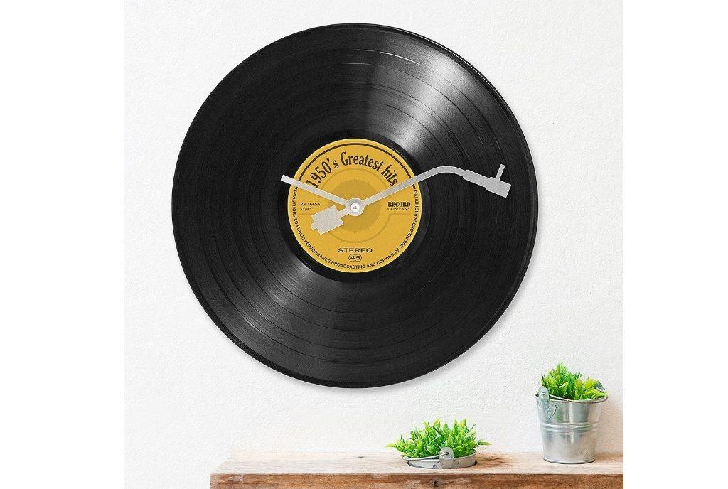 Une Horloge Murale Disque Vinyl, Aiguilles De Tourne-disque